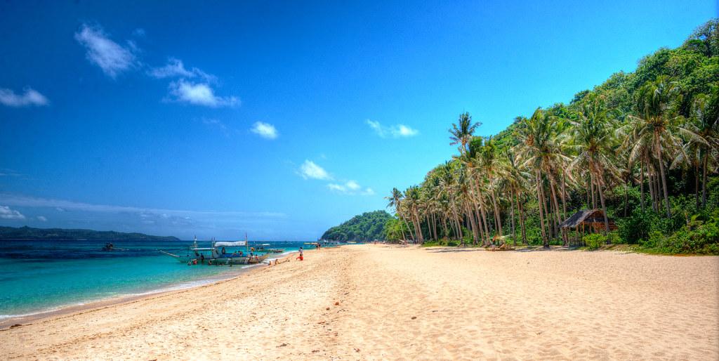 חוף הקונכיות (Puka Shell Beach)